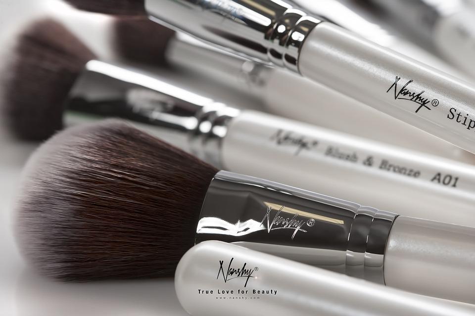 makeup-brushes-824702_960_720